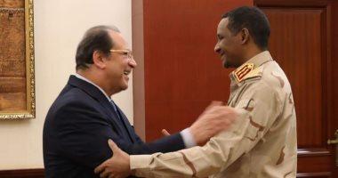 اللواء عباس كامل يؤكد لنائب رئيس مجلس السيادة السودانى دعم مصر السلطة الانتقالية