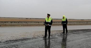 المرور يغلق طريق عيون موسى شرم الشيخ فى الاتجاهين بسبب موجة الطقس السيئ اليوم السابع