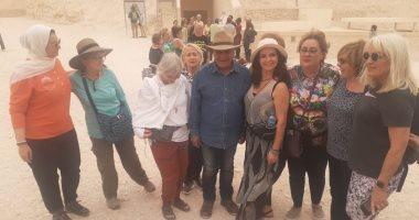 زاهى حواس يبحث عن مقبرة تحتمس الثانى ورمسيس الثامن وملكات الأسرة 18