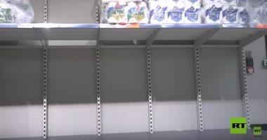 كورونا يترك أرفف المتاجر خالية فى أيرلندا.. فيديو