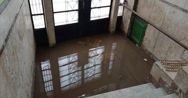 قارئ يستغيث لشفط تجمع مياه الأمطار بشارع الشهيد أحمد علاء بالفيوم