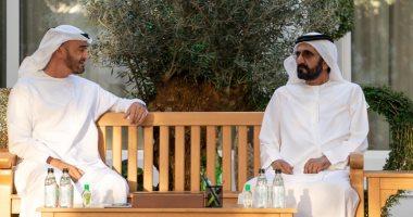 """محمد بن زايد يلتقى حاكم دبى للحديث عن """"كورونا"""".. ويؤكد: شركاء في مواجهة التحدي"""