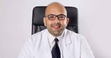 الدكتور أحمد عادل: هناك أسباب تؤثر على حياة الرجل الزوجية