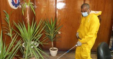 بدء حملة تطهير المنشآت الحكومية لمواجهة فيروس كورونا بالسويس.. صور