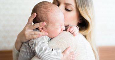 هل يمكن الاستغناء عن جليسة الأطفال لحماية أبنائك من عدوى كورونا؟