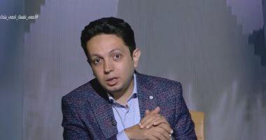 """""""ضعف انتشار الأولى"""".. أحمد فايق يعرض دراسة عن الموجة الثانية لكورونا"""