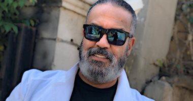 جمال العدل يتعافى من كورونا ويواصل تحضيرات مسلسلي نيللى كريم ويسرا