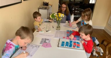 تجنب المواقف المحرجة.. 7 نصائح للتحكم فى الأطفال خلال اجتماع اللايف