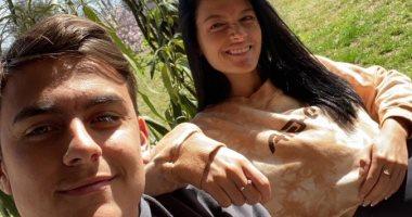 فيروس كورونا يصيب باولو ديبالا وصديقته من جديد