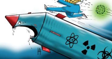 كاريكاتير الخليج.. كورونا وكوريا الشمالية يهددان العالم