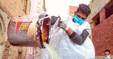شباب قرية اللشت بالعياط يطلقون مبادرة لتعقيم المنازل والمواصلات