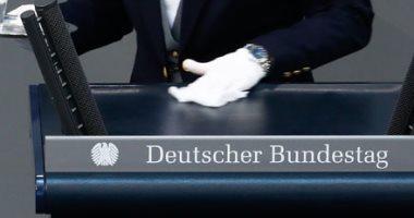 إجراءات احترازية داخل البرلمان الألمانى لمكافحة فيروس كورونا
