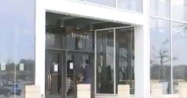 مراكز التسوق فى أمريكا تغلق أبوابها خوفا من كورونا.. فيديو