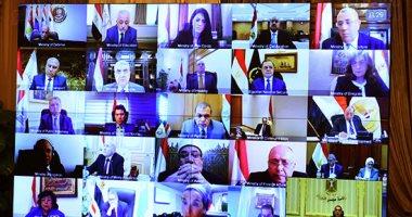 رئيس الوزراء: الحكومة بدأت بنفسها ومنعت الاختلاط باجتماع عبر فيديو كونفرانس