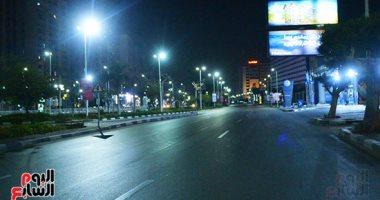 انتشار الخدمات الأمنية على الطرق السريعة لتطبيق حظر التجوال