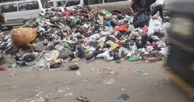 أهالى المنيرة بإمبابة يشكون من انتشار القمامة والمخلفات الطبية بجوار الموقف