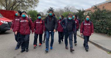 فريق طبى صينى يزور مرضى كورونا بمستشفى مودينا فى إيطاليا.. صور