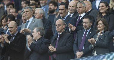 إدارة برشلونة تحسم مصير تخفيض رواتب اللاعبين فى اجتماع رسمى