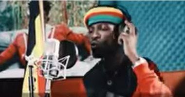 الفن يخدم الإنسانية.. الأوغندى بوبى واين يطرح أغنية لمحاربة كورونا.. فيديو