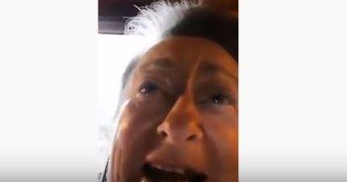 """""""نحتضر ساعدونا"""".. صرخة سيدة عجوز فى إسبانيا من تفشى وباء كورونا.. فيديو"""