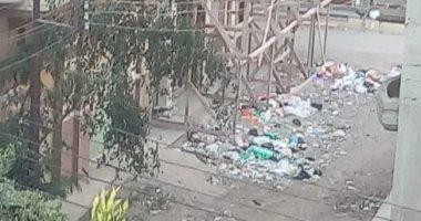 أهالى دمياط يشكون من تراكم القمامة ويطالبون بتطهير مناطق التجميع