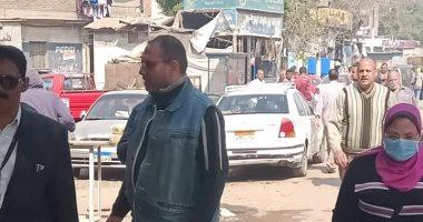 صور.. منع إقامة سوق الحمام بالسيدة عائشة لمواجهة الكورونا
