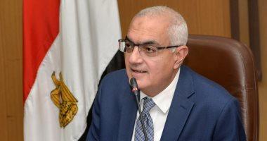 """رئيس جامعة المنصورة: إنشاء 4 خطوط إنتاج """"كمامات طبية"""" لمواجهة كورونا"""