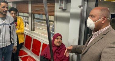 جولة مفاجئة لوزير النقل في المترو لمتابعة تكدس الركاب والتعقيم