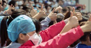 فيديو مدينة ووهان الصينية معقل تفشى كورونا تحتفل بانتهاء حظر التجول