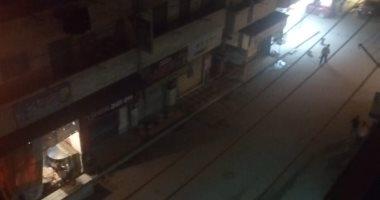 للوقاية من كورونا.. أهالى شارع الفلكى بالأسكندرية يلتزمون بحظر التجوال