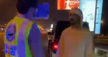 ولى عهد دبى يتفقد دوريات الشرطة فى شارع الشيخ زايد.. فيديو وصور