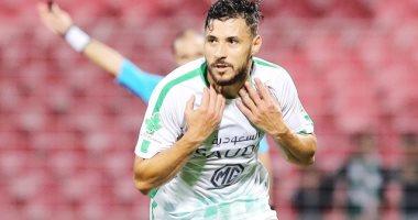 يوسف بلايلى يطلب فسخ عقده مع الأهلى السعودي
