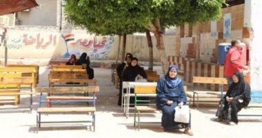محافظ الجيزة: 20 مدرسة لتسليم شرائح التابلت و45 أخرى تستقبل أصحاب المعاشات