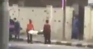 فيديو وصور.. نقل جثمان متوفى ثان بكورونا داخل سيارة نصف نقل ببورسعيد