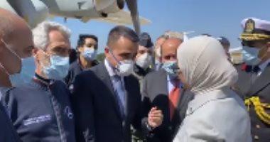 فيديو.. وزيرة الصحة تسلم روما المساعدات  الطبية.. ووزير خارجية إيطاليا: شكرا يا مصر