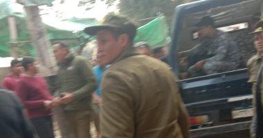 قوات الشرطة تفض سوق شبلنجة حرصا على سلامة المواطنين من كورونا