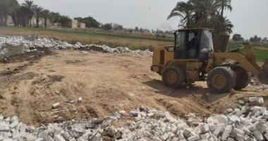 تحرير 25 محضر مخالفة بناء فى حملة مكبرة بأبو قرقاص بالمنيا