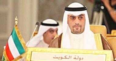 وزير الداخلية الكويتى يتفاعل مع شكوى مصرى تعرض للابتزاز من ضابط ويوقفه عن العمل