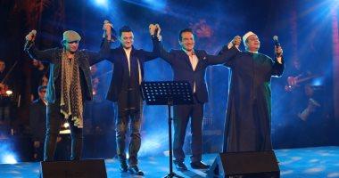 """الفنان محمد ثروت يروى لـ""""سمير عمر"""" كواليس لقائه بالزعيم الراحل محمد أنور السادات"""
