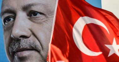 تركيا تلجأ لاستخدام 44 مليار دولار من الاحتياطى الأجنبى لإنقاذ الليرة