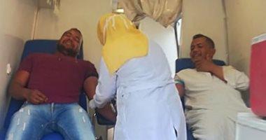 صور.. حملات لشباب وأهالى مدينة القرنة للتبرع بالدم لصالح المستشفيات بالأقصر