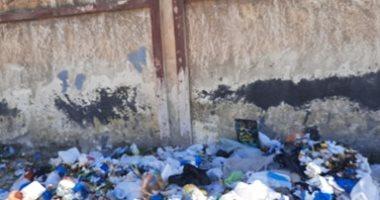 شكوى من انتشار القمامة بشارع مدرسة الريادة بسموحة فى الإسكندرية