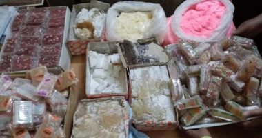 ضبط مصنع غير مرخص بداخله 72 ألف قطعة حلوى فاسدة بالظاهر