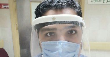 """الجيش الأبيض.. """"أحمد"""" طبيب طوارئ فى مواجهة فيروس كورونا"""
