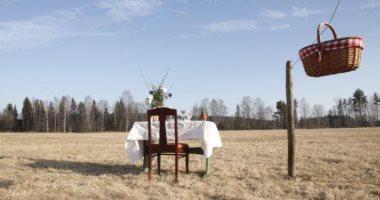 الحياة بعد كورونا.. مطعم لزبون واحد وسط الطبيعة فى السويد