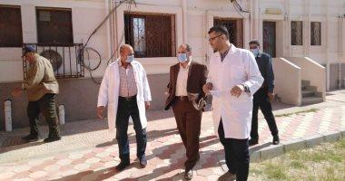 صور مدير التأمين الصحى بالشرقية يتفقد المركز الطبى بمدينة العاشر من رمضان اليوم السابع