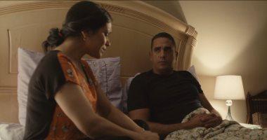 مشهد مؤثر.. منسى يعترف لزوجته بإصابة والده بسرطان الكبد ويتذكر حديثه معه