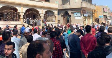 آلاف يشيعون جثمان شهيد سيناء فى جنازة عسكرية بمسقط رأسه في الدقهلية.. صور