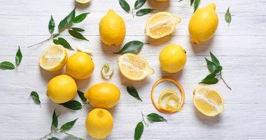 وصفات طبيعية للعناية بالشعر بالليمون.. لزيادة نموه وعلاج القشرة
