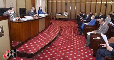 وزير المالية للبرلمان: الدولة تنحاز للمواطن ونسعى للحفاظ على وضعنا الاقتصادى